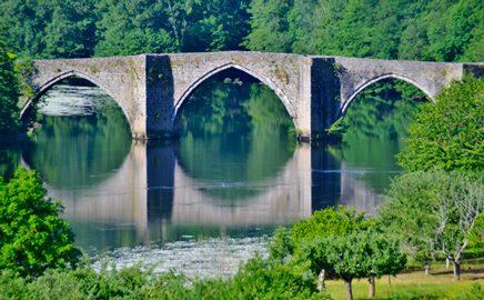 pont-gothique-entraygues