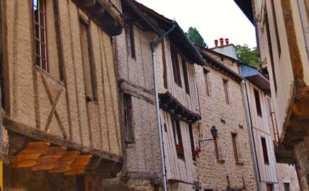 Le charme des maisons à colombages à entraygues